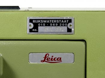 The Rijkswaterstaat inventory number on the GPM3 and Leica logo on the NA2.