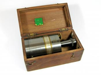 The pantometer in its original box.
