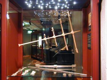 The Kronan cross-staff replica on display in the  Kalmar L�ns Museum.