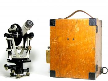 The Carl Zeiss RThII with its original box.